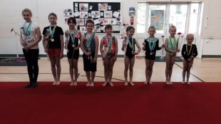 Grade 1 competition flowers